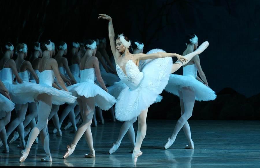 全球頂尖的俄國馬林斯基劇院芭蕾舞團,7月來台演出全本三幕《天鵝湖》。(牛耳藝術提供)