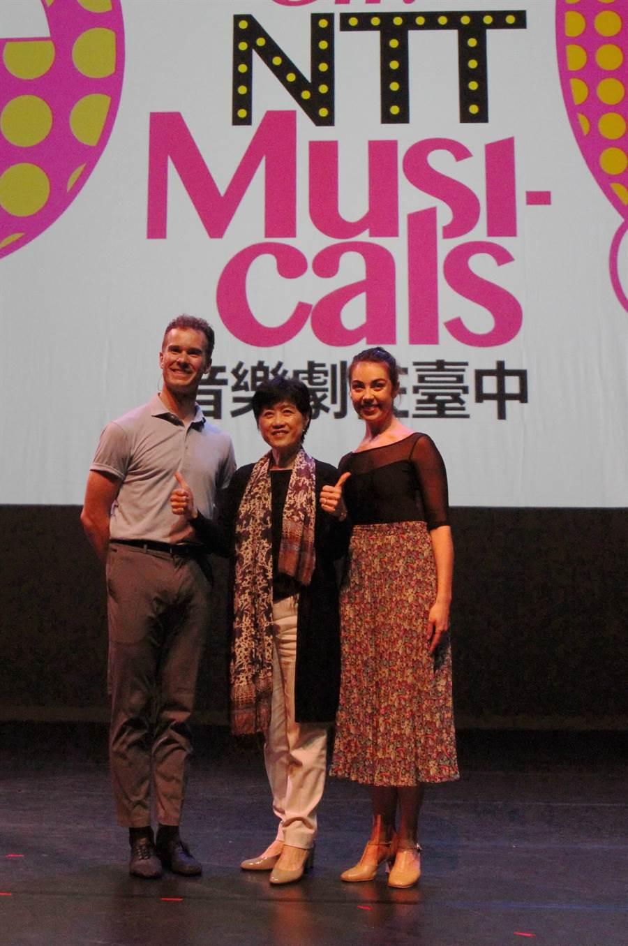 台中國家歌劇院今年夏天推出「音樂劇在台中」,要打造夏天就是「Oh! NTT Musicals!」的季節。(陳淑芬攝)