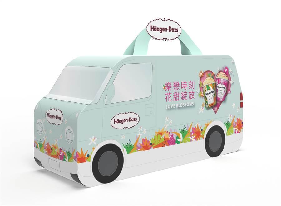 全聯獨家「哈根達斯」花甜小巴士迷你杯100ml x 6入,春季限量小花園商品搭配話題小巴士造型包裝,13日前原價469元、特價429元。(全聯提供)