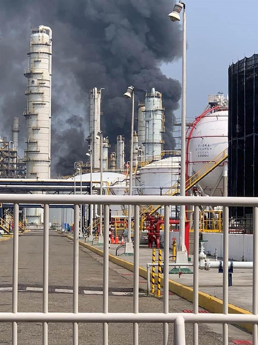 六轻气爆满月,台化公司同意支付8000万元进行补偿。