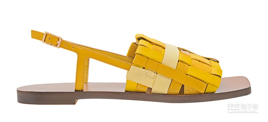 CHARLES & KEITH編織平底涼鞋,1890元。(CHARLES & KEITH提供)
