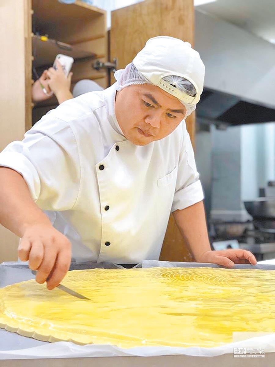2018世界麵包大賽冠軍王鵬傑,擅長藝術類麵包。(取自莎士比亞烘焙坊官網)
