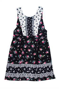 今年母親節不送鍋鏟 毛孩、花朵圍裙讓做菜更時尚