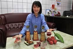 顛覆傳統水果加工次級品印象 佳冬女孩拿高價蓮霧製果醬