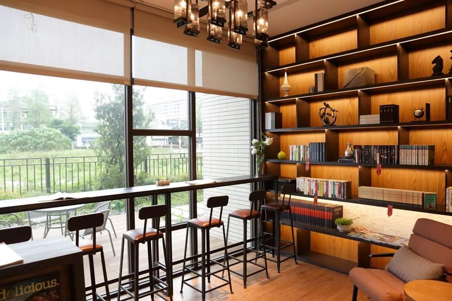 公設規劃閱讀書房,可增添社區書香氣氛。圖/易繼中攝