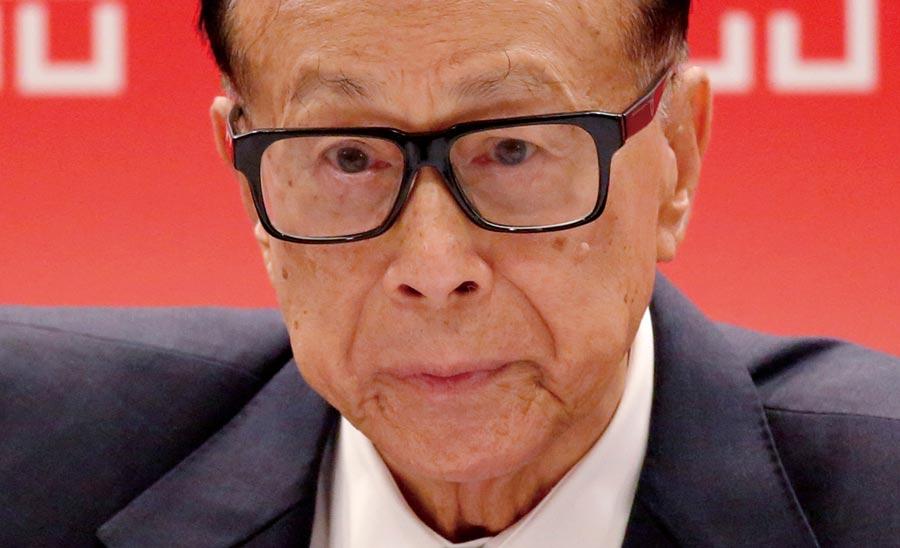 李嘉誠重金護盤長實 近一年砸42億港元