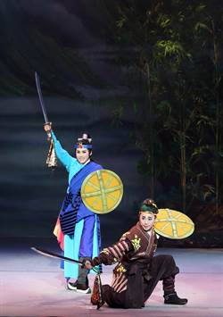 孫翠鳳母女連心 陳昭賢祝媽媽母親節快樂