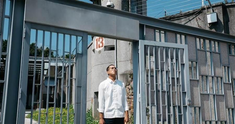 莊凱勛飾演更生人。