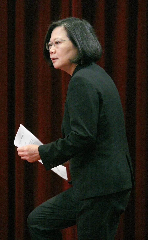 蔡表示,美國把懲罰性關稅對台灣的影響相對有限;但是如果美國採取進一步關稅懲罰措施,影響層面將會擴大。(張鎧乙攝)