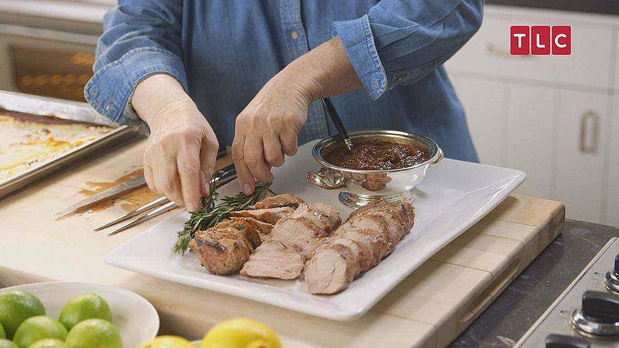 赤腳女伯爵將使出渾身法術將自藝小秘訣傳授給媽媽們,讓他們也能夠簡單的料理出一道道晚餐佳餚。(TLC旅遊生活頻道)