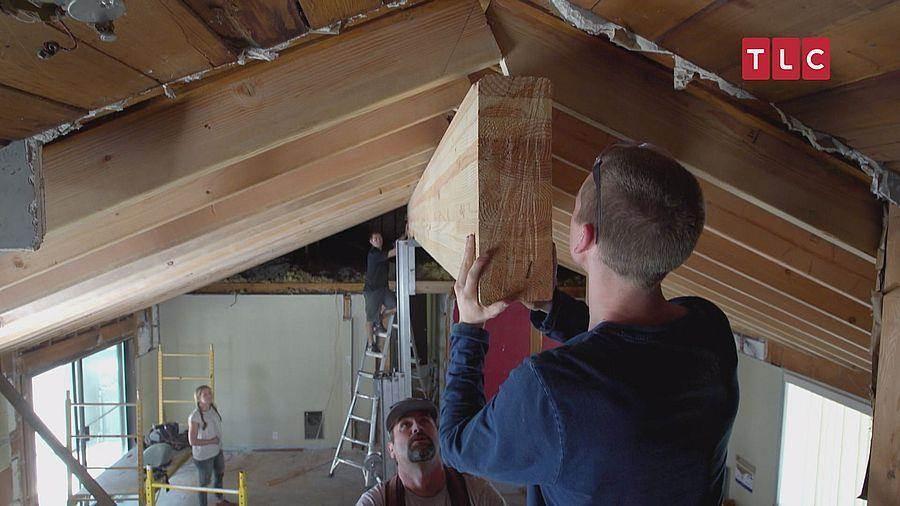 將天花板改造成拱頂,進行格局上的變動。(TLC旅遊生活頻道)