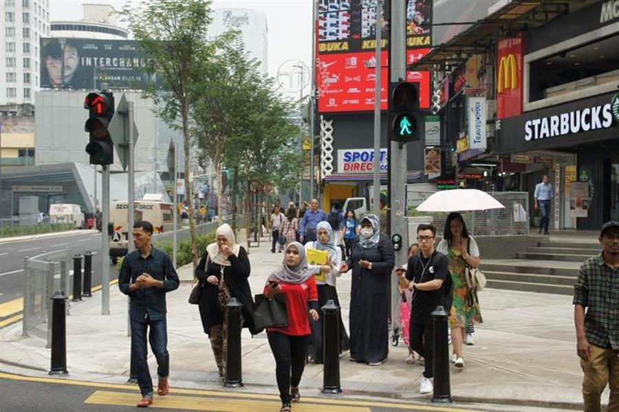 馬來西亞多元文化帶來豐富的消費需求。(圖:商研院提供)