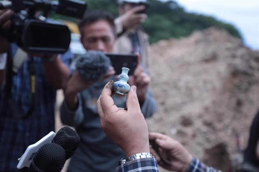 和平島挖出古代瓷器。(基隆市政府提供)