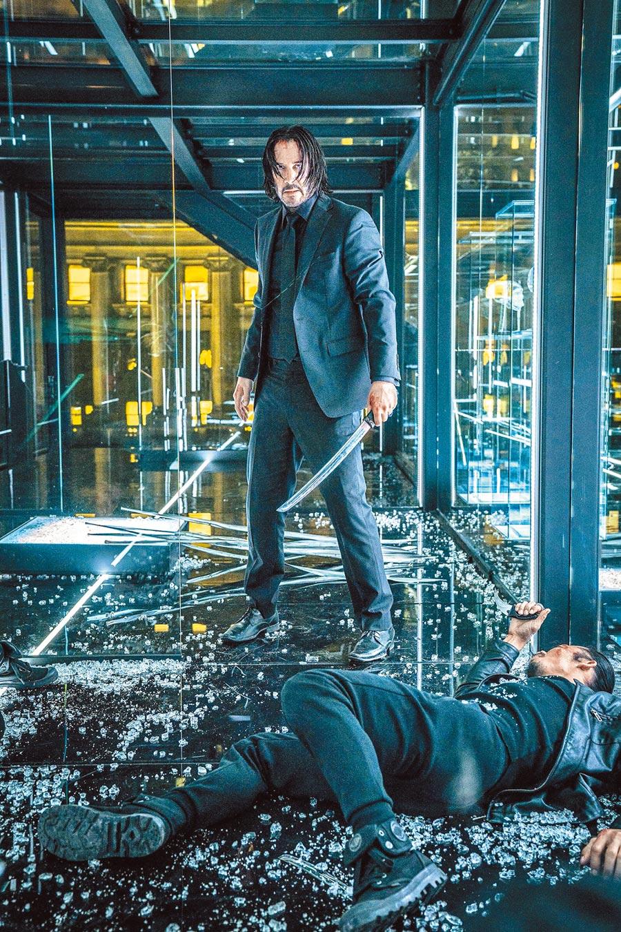 基努李維在片中要挑戰更高難度的武打特技,為此接受4個月的特訓。