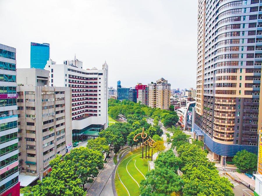 科博草悟道豪宅特區,上半年推案超過300億元,引起台商及高端買盤的關注。圖/黃繡鳳