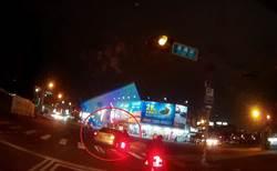 小客車「後照鏡」常被撞 7旬女駕遭函送