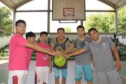 林文瑞參選立委勤跑基層 公益籃球營助兒童圓夢