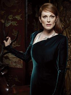 茱莉安摩爾 美麗來自神祕