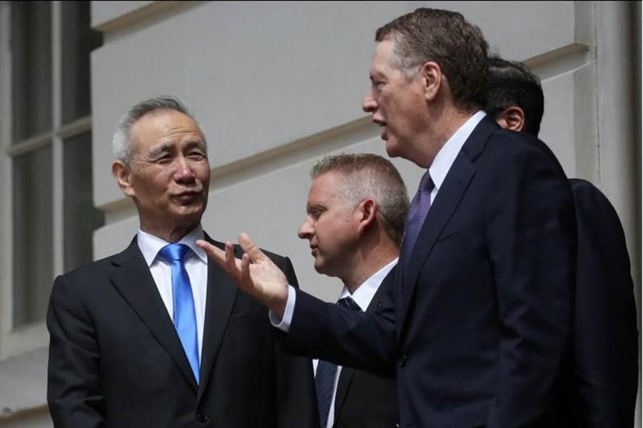 新一輪美中貿易談判結束,中方談判代表劉鶴表示,中美談判並沒有破裂,未來將在北京繼續談。(路透社)