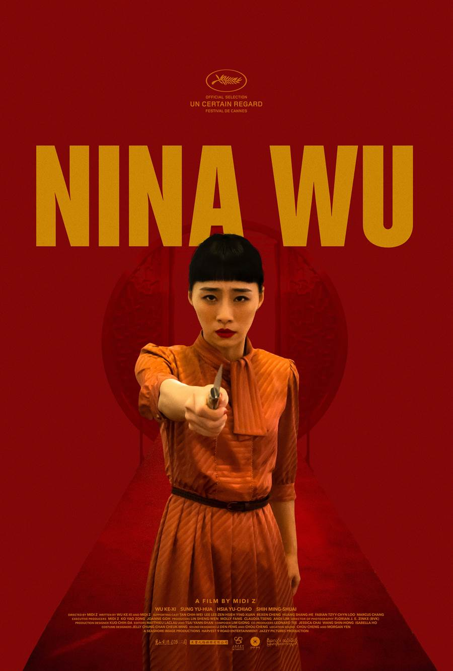 《灼人秘密》國際版海報由好萊塢海報設計師Erik Buckham操刀,血紅背景,營造出女性復仇的懸疑感。(岸上影像提供)