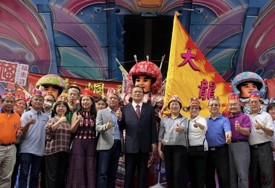 台北市大龍峒商圈有「五步一秀,十步一舉」的美名,當地人文薈萃。(北市商業處提供)