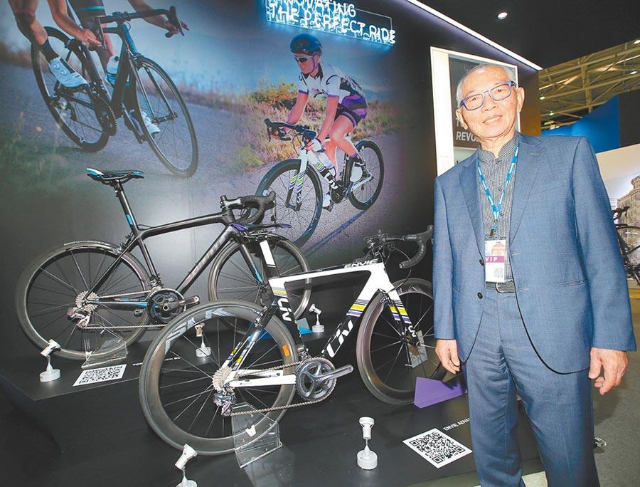 自行車兩強已將輸美生產線遷回台灣,圖為已經交棒的捷安特前董座劉金標代言自家產品。(本報系資料照片)