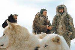 《極地先鋒》追尋極光冰封美景