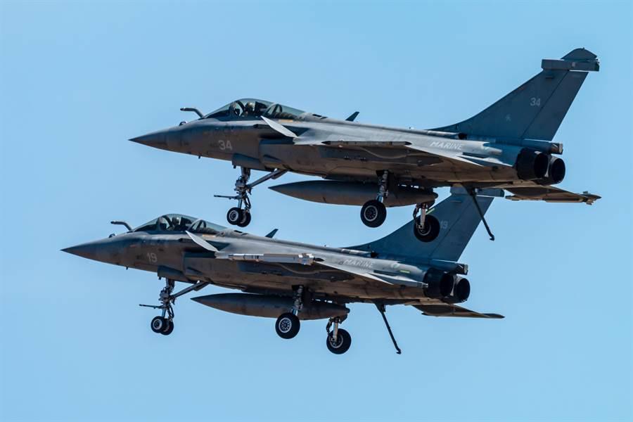 達梭飛機「飆風」雙引擎戰機的資料照。(達志影像/Shutterstock)