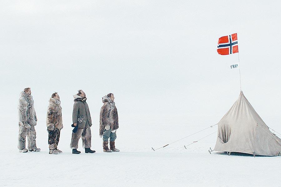 阿蒙森帶領團隊在冰雪中跋涉超過3個月。(采昌提供)