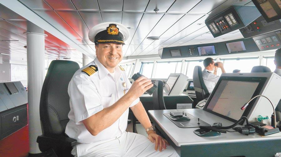 盛世公主號船長Craig Stree。(張雅琪攝)