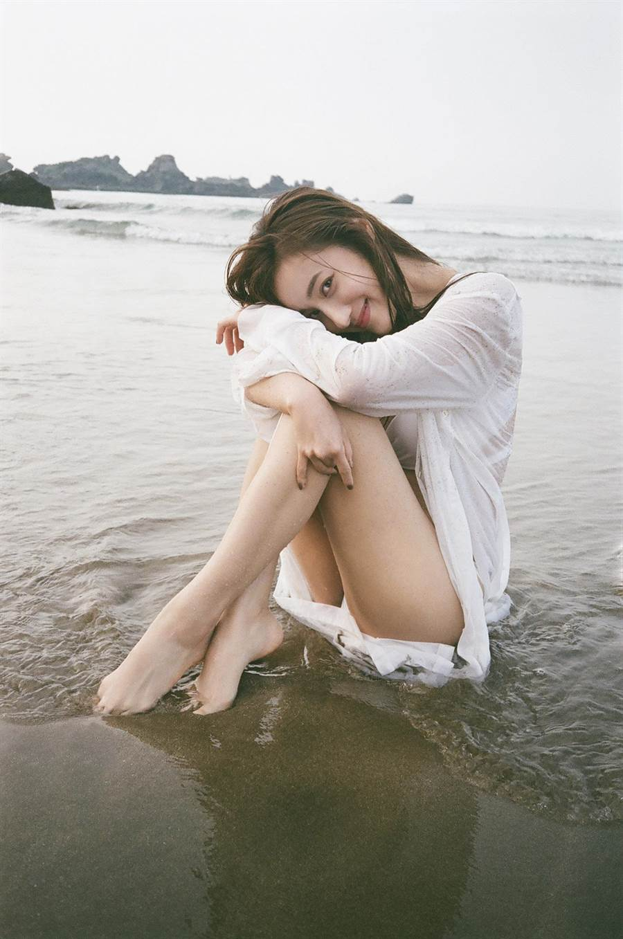 夏宇禾解放E奶露辣腿。(GQ提供)