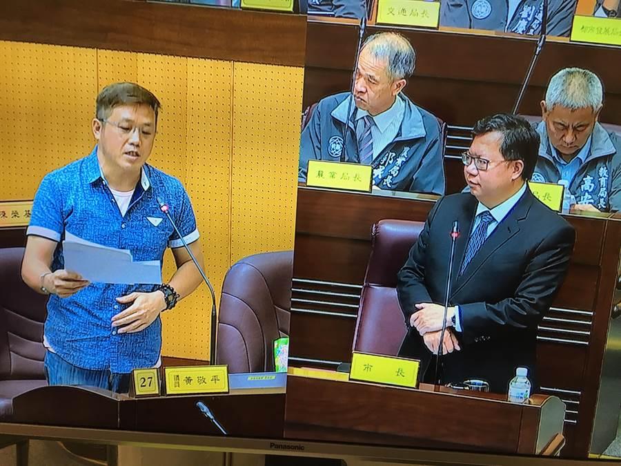 市議員黃敬平對於自貿區議題相當關注。(甘嘉雯攝)