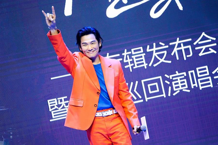 杜德偉9日在北京舉行新專輯「起來」發布會。(杜德偉工作室提供)
