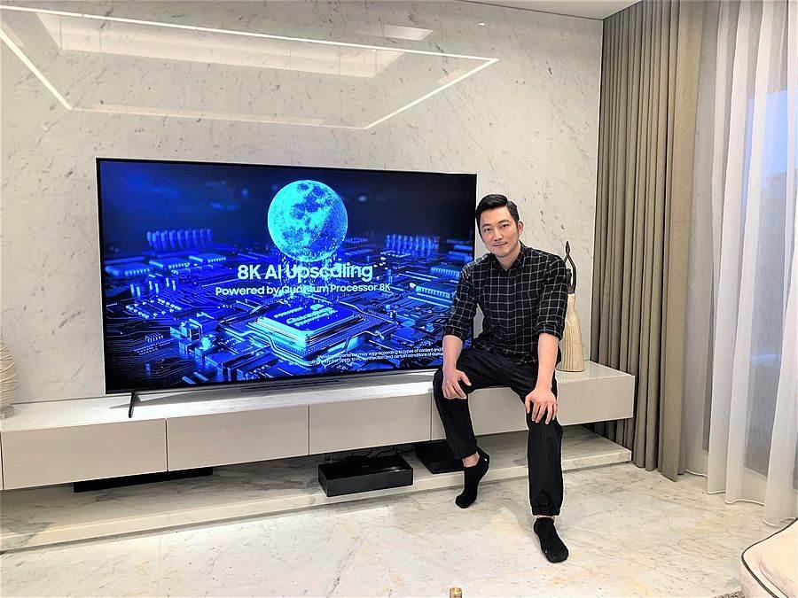 最近剛搬家的崴爺對於選購家電小有心得,對他來說好的家電非常值得購入、特別是電視機的功能已經不止是看電視而已,更是家裡重要的娛樂視聽來源。