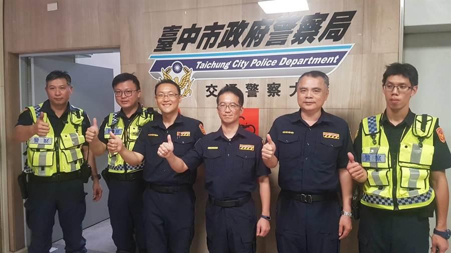交通事故診療團,約15名團員。(張妍溱攝)