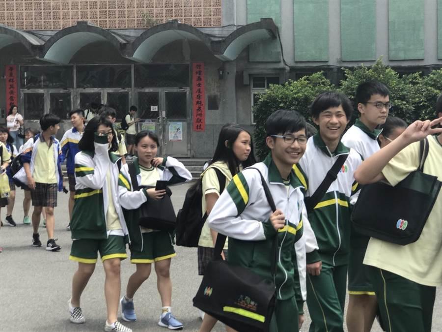 國中會考將於周末登場,教育局呼籲考生以平常心應試。(甘嘉雯翻攝)