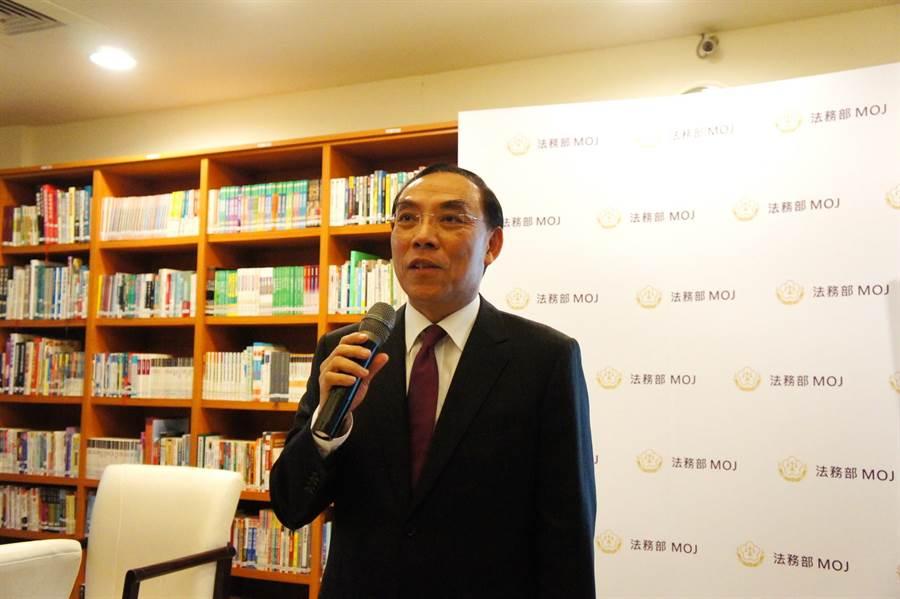 蔡清祥相信大部分檢察官敬業,按照法定程序辦案。(張孝義攝)