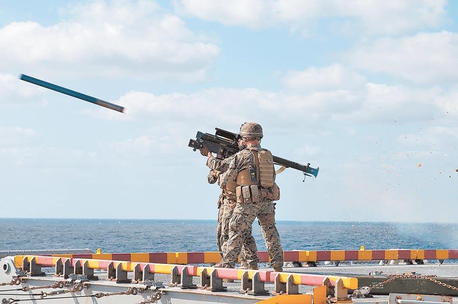 美製250枚FIM-92肩射型刺針防空飛彈,2018年起分批交運台灣。(取自美國海軍官網)