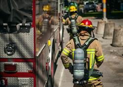 消防出警連4滑 拖地哥遭「通緝」