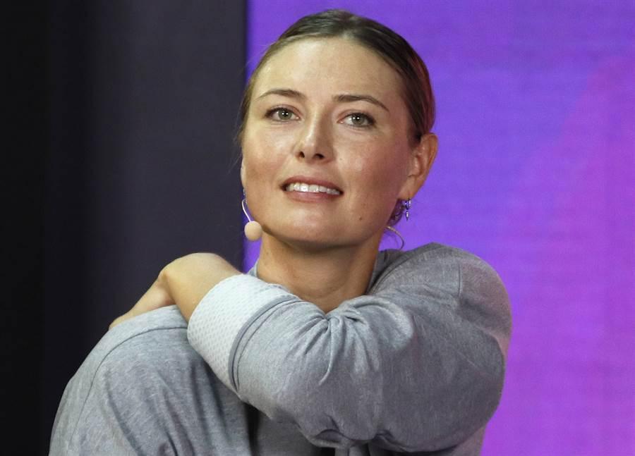 莎拉波娃宣布因為肩膀傷勢退出今年法網。(資料照/美聯社)