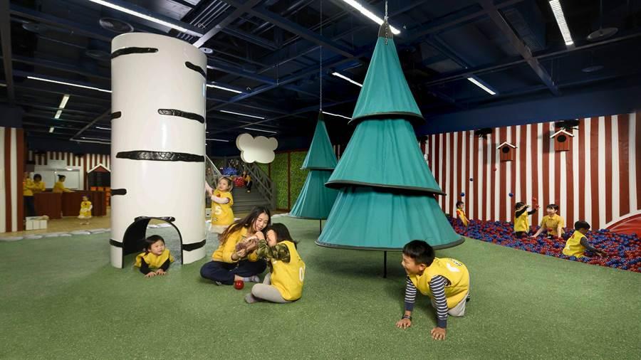 原裝進口北歐風格兒童遊戲室-斯莫蘭(SMÅLAND)魔法森林,讓家長逛的輕鬆小朋友玩得開心!(圖/品牌提供)
