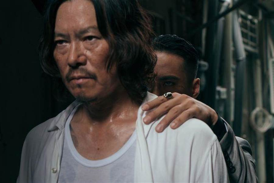 豐川悅司讚莊凱勛是個認真負責的演員。(威視提供)