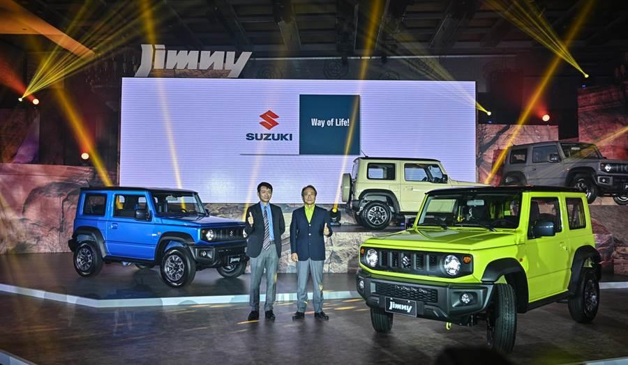 第四代SUZUKI ALL NEW Jimny售價74.8萬元,2 TONE雙色車款加價1萬元,選配多功能觸控螢幕(Apple CarPlay、Android Auto)加價2萬元。(Taiwan Suzuki提供)