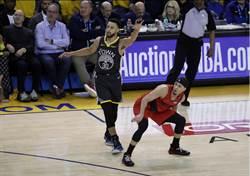 NBA》柯瑞關鍵助攻 勇士G2逆斬拓荒者