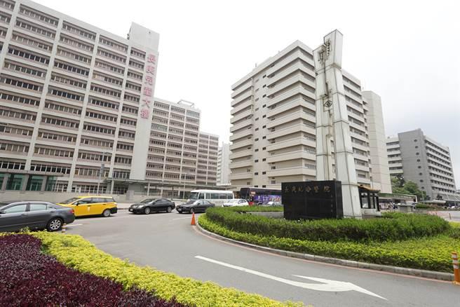 ▲林口長庚醫院商圈鄰近A7重劃區。(圖/易繼中攝)