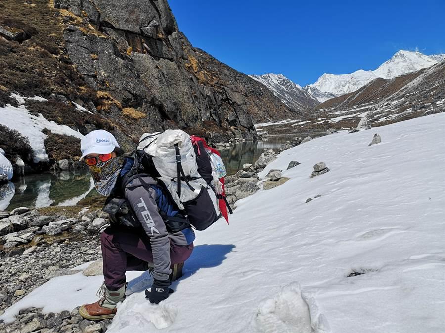 詹喬愉成功登上世界第五高峰。(圖/彥恩國際提供)
