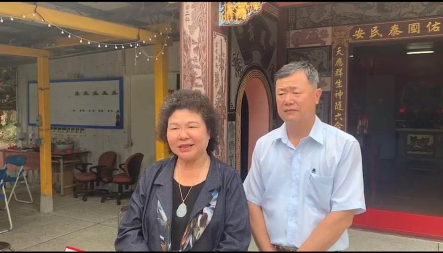 總統府秘書長陳菊今到花蓮南區拜訪,被問到會不會擔心英德協商沒共識,黨內會分派兩邊站,陳菊表示,不會擔心。(張祈翻攝)