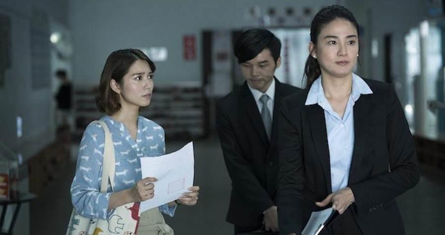 洪小鈴(右)與劉倩妏有對手戲。公視提供