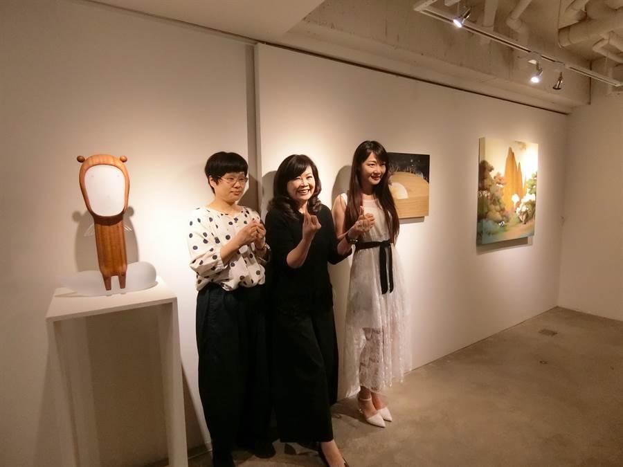 臻品藝術中心舉行台日交流展,「溫息」藝術視覺與新體驗。(盧金足攝)