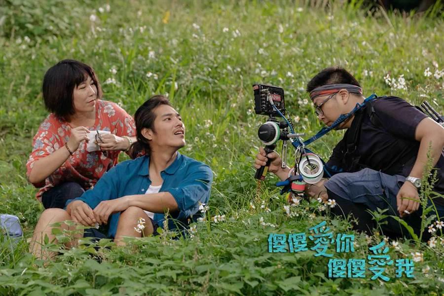 藍正龍(中)雖沒入榜,但導演功力被評審肯定。